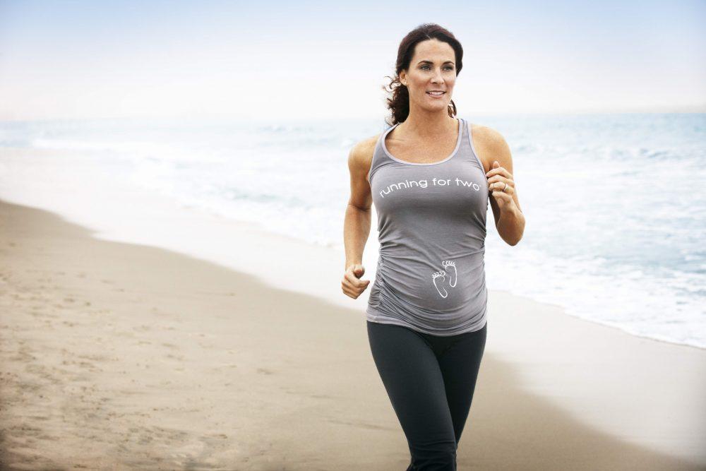 pregnant-jogging