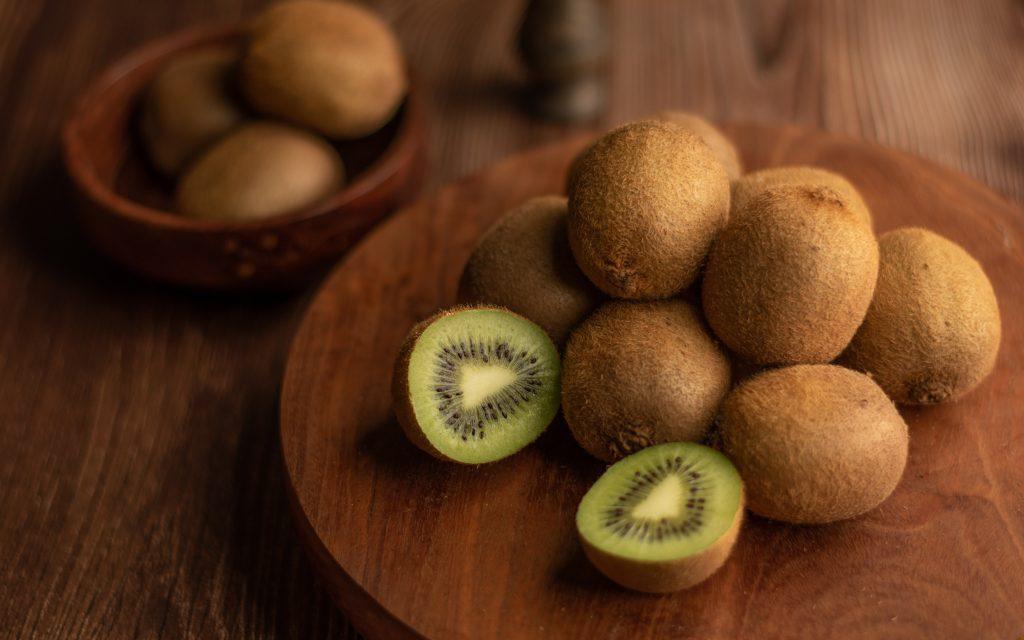 kiwi Most heathy fruits | Best Fruits | Most Nutritious Fruits