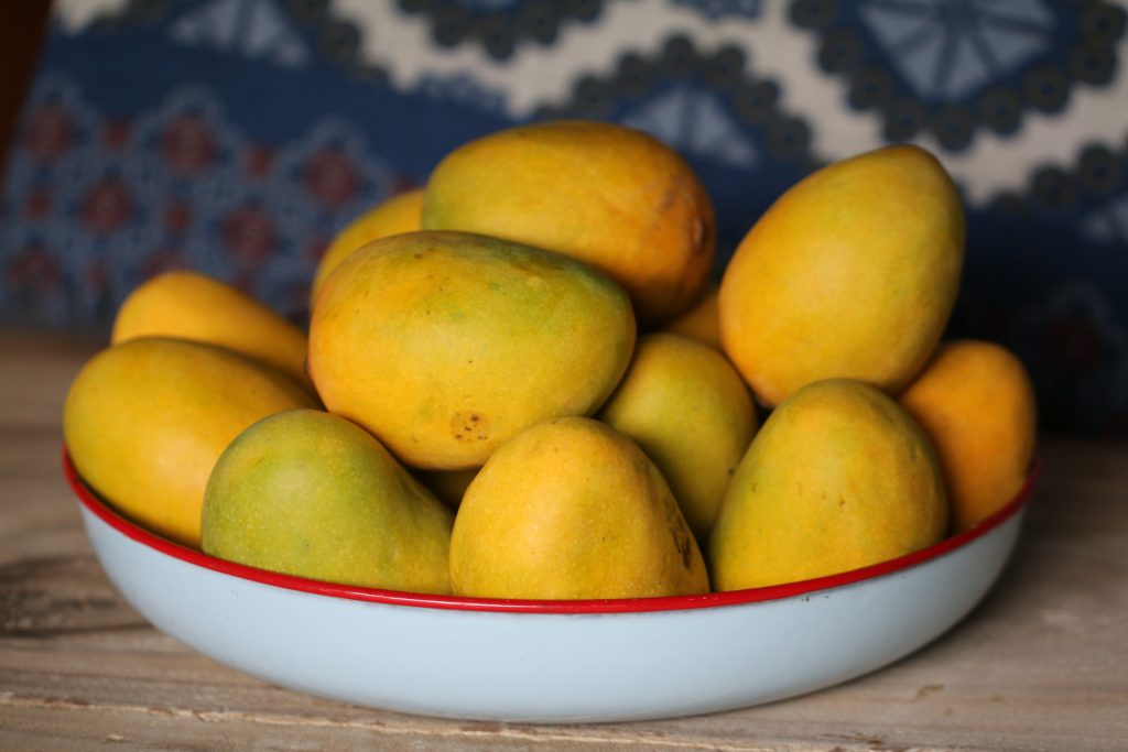 mango 1 Most heathy fruits | Best Fruits | Most Nutritious Fruits