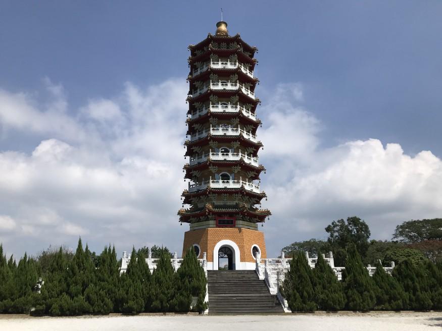 Tzu en pagoda